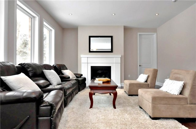 Detached at 2305 4th Line, Innisfil, Ontario. Image 5