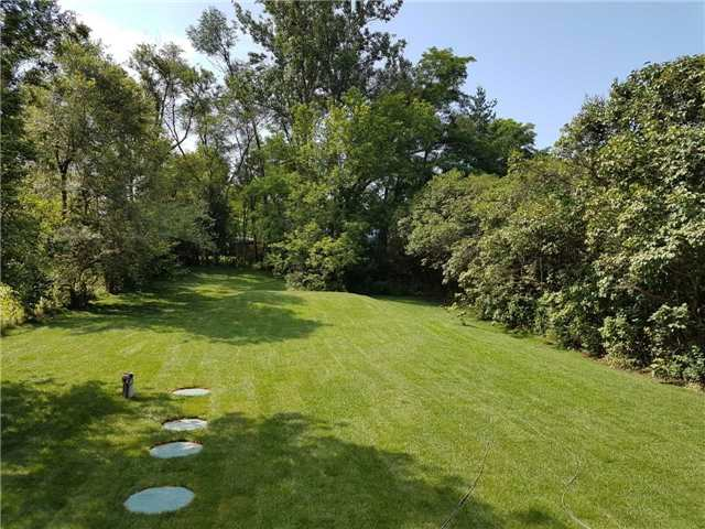 Detached at 2305 4th Line, Innisfil, Ontario. Image 13
