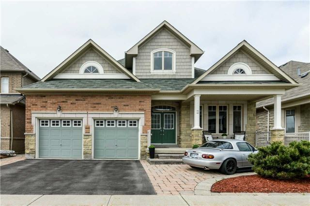 Detached at 51 Seiffer Cres, Richmond Hill, Ontario. Image 12