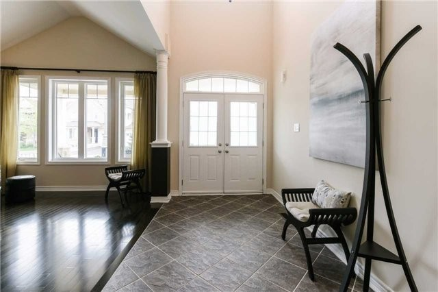 Detached at 51 Seiffer Cres, Richmond Hill, Ontario. Image 15