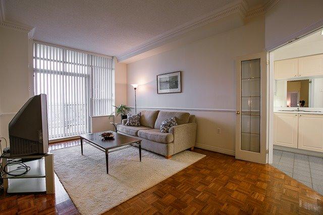 Condo Apartment at 2200 John St, Unit 611, Markham, Ontario. Image 10