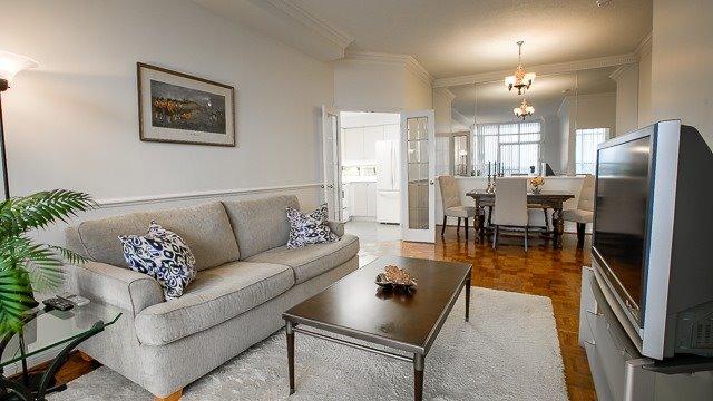 Condo Apartment at 2200 John St, Unit 611, Markham, Ontario. Image 13