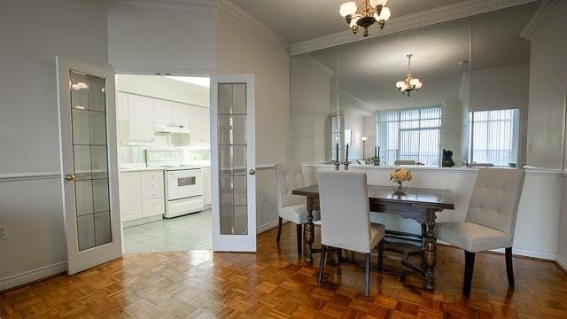 Condo Apartment at 2200 John St, Unit 611, Markham, Ontario. Image 14