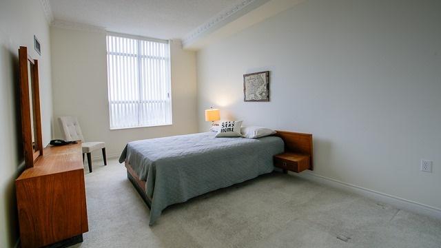 Condo Apartment at 2200 John St, Unit 611, Markham, Ontario. Image 3
