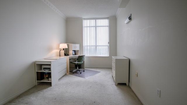 Condo Apartment at 2200 John St, Unit 611, Markham, Ontario. Image 4