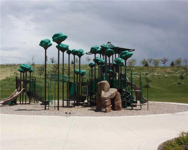 Detached at 27 Treetops Blvd, New Tecumseth, Ontario. Image 11