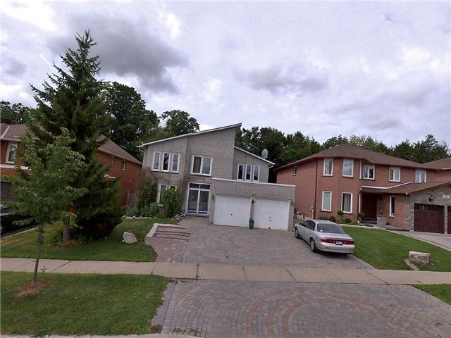 Detached at 20 Hiram Rd, Richmond Hill, Ontario. Image 10