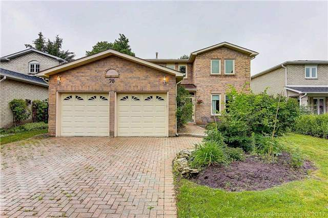 Detached at 70 Pickett Cres, Richmond Hill, Ontario. Image 1