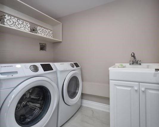 Condo Apartment at 333 Clark Ave W, Unit 717, Vaughan, Ontario. Image 9