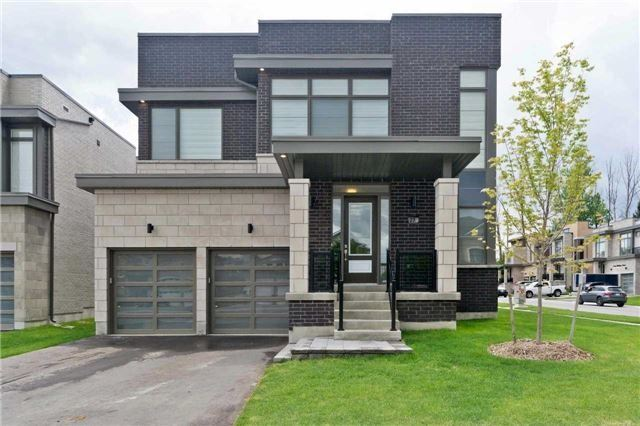 Detached at 27A Poplar Dr, Richmond Hill, Ontario. Image 1