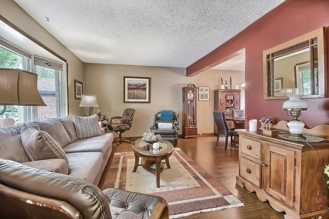 Detached at 27 Penwick Cres, Richmond Hill, Ontario. Image 17