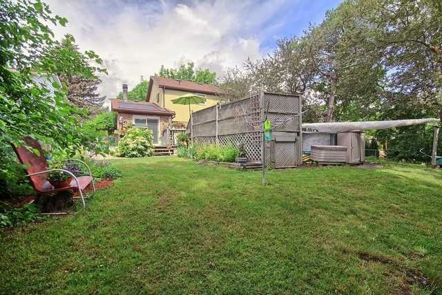 Detached at 27 Penwick Cres, Richmond Hill, Ontario. Image 11