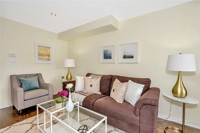 Townhouse at 182 Bantry Ave, Richmond Hill, Ontario. Image 12