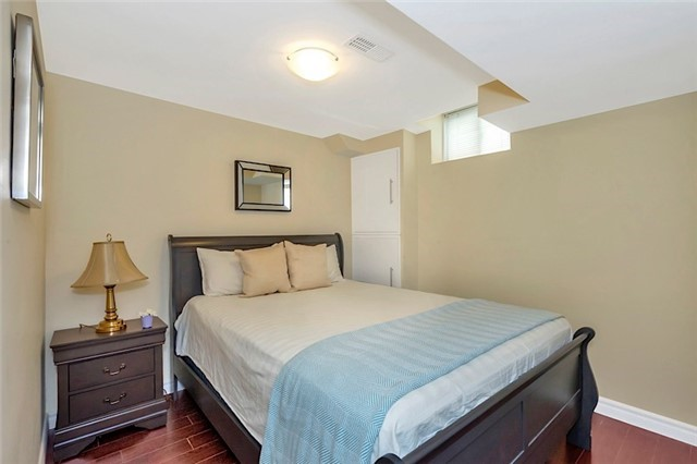 Townhouse at 182 Bantry Ave, Richmond Hill, Ontario. Image 9