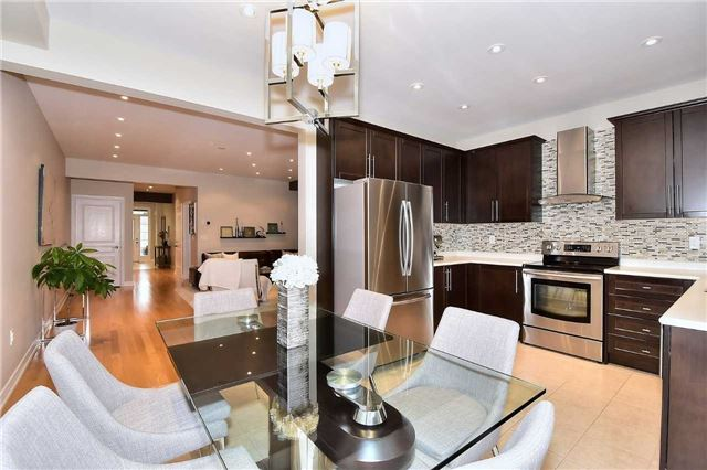 Townhouse at 30 Alexie Way, Vaughan, Ontario. Image 16