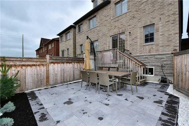 Townhouse at 30 Alexie Way, Vaughan, Ontario. Image 10