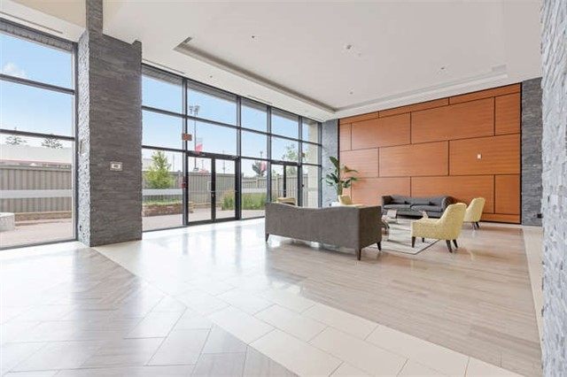 Condo With Common Elements at 24 Woodstream Blvd, Unit 814, Vaughan, Ontario. Image 13