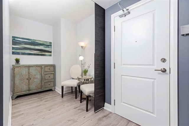 Condo With Common Elements at 24 Woodstream Blvd, Unit 814, Vaughan, Ontario. Image 14