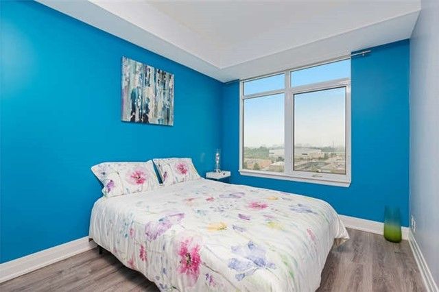 Condo With Common Elements at 24 Woodstream Blvd, Unit 814, Vaughan, Ontario. Image 7