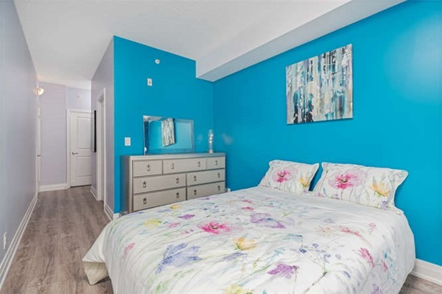 Condo With Common Elements at 24 Woodstream Blvd, Unit 814, Vaughan, Ontario. Image 8