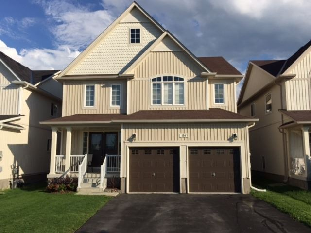 Detached at 134 Donald Stewart  Cres, East Gwillimbury, Ontario. Image 1