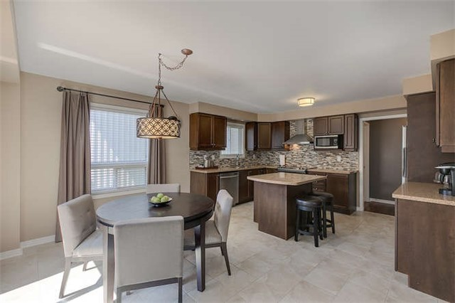 Detached at 134 Donald Stewart  Cres, East Gwillimbury, Ontario. Image 20