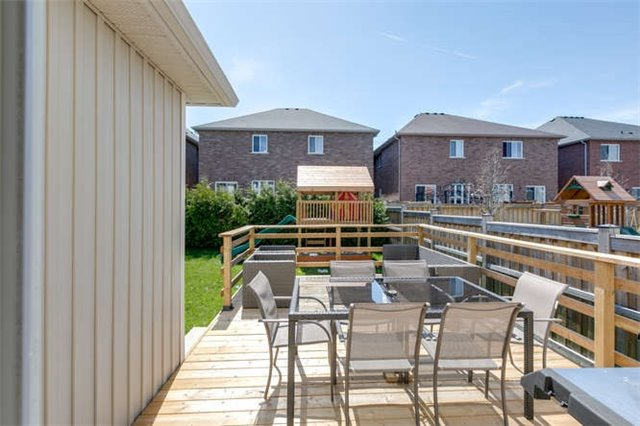 Detached at 134 Donald Stewart  Cres, East Gwillimbury, Ontario. Image 11
