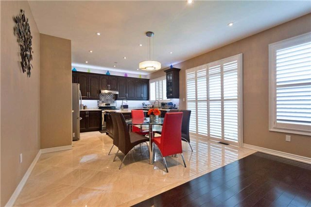 Detached at 71 Adastra Cres, Markham, Ontario. Image 17