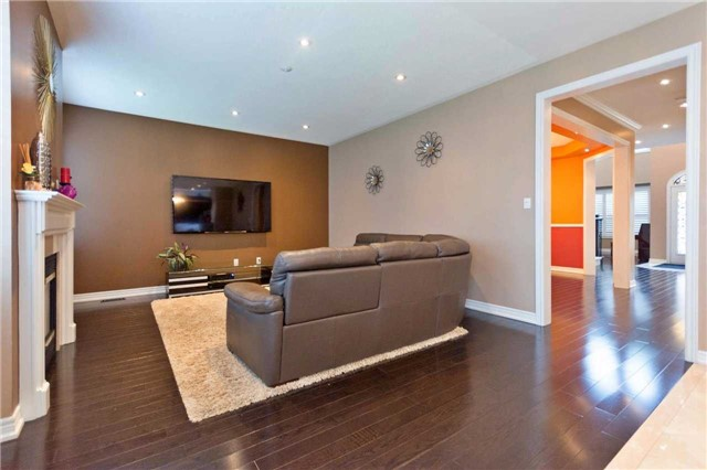Detached at 71 Adastra Cres, Markham, Ontario. Image 20