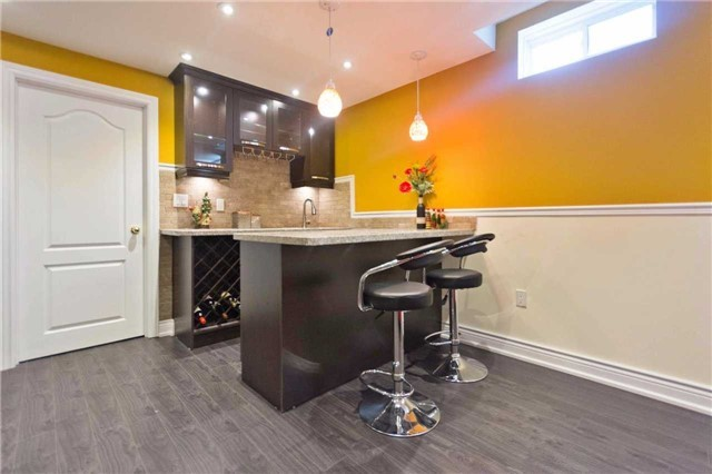 Detached at 71 Adastra Cres, Markham, Ontario. Image 11