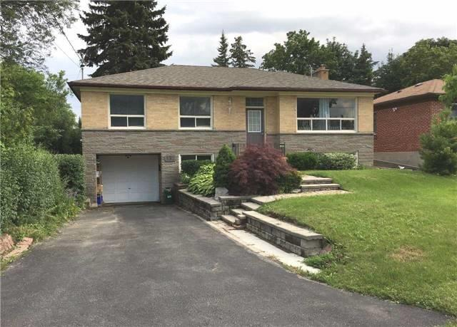 Detached at 132 Driscoll Rd, Richmond Hill, Ontario. Image 1