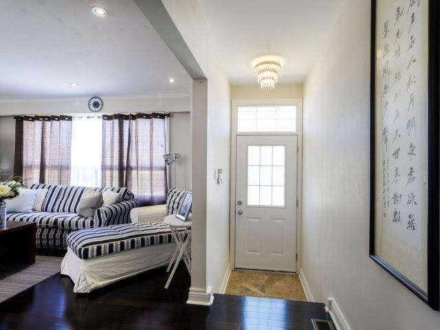 Detached at 132 Driscoll Rd, Richmond Hill, Ontario. Image 14