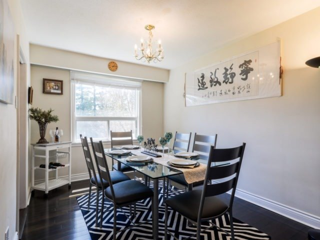 Detached at 132 Driscoll Rd, Richmond Hill, Ontario. Image 17