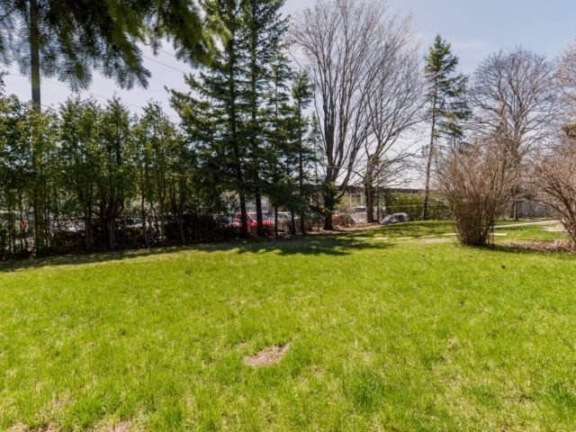 Detached at 132 Driscoll Rd, Richmond Hill, Ontario. Image 13