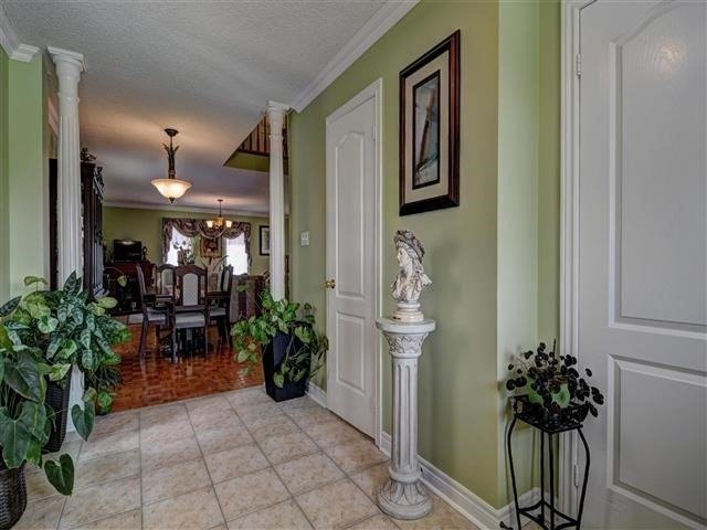 Detached at 226 Drummond Dr, Vaughan, Ontario. Image 14