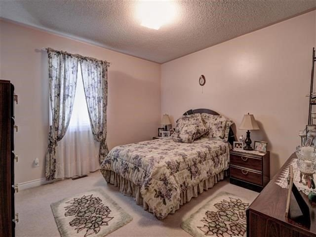 Detached at 226 Drummond Dr, Vaughan, Ontario. Image 7