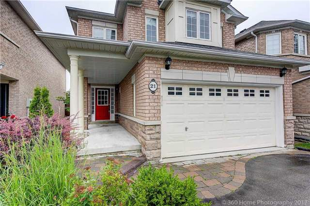 Detached at 21 Coral Cres, Richmond Hill, Ontario. Image 12