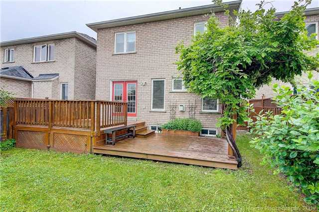 Detached at 21 Coral Cres, Richmond Hill, Ontario. Image 15