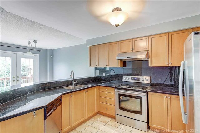 Detached at 21 Coral Cres, Richmond Hill, Ontario. Image 19