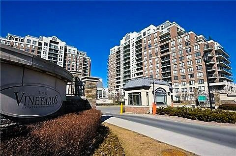 Condo Apartment at 350 Red Maple Rd, Unit 303, Richmond Hill, Ontario. Image 1