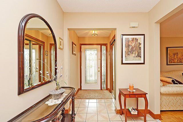 Detached at 197 Misty Meadow Dr, Vaughan, Ontario. Image 14