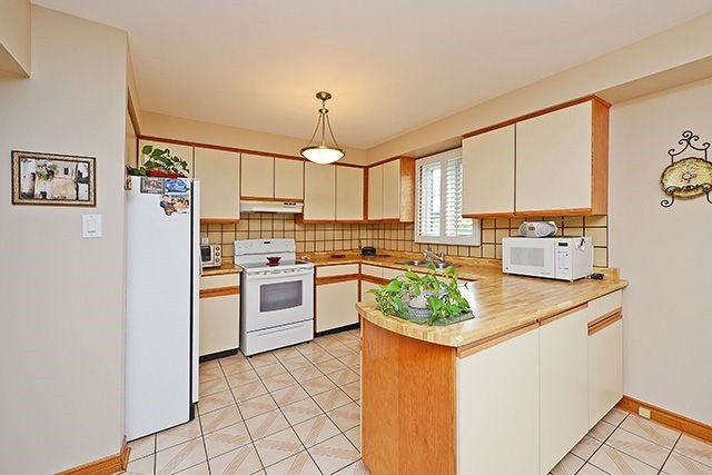 Detached at 197 Misty Meadow Dr, Vaughan, Ontario. Image 16
