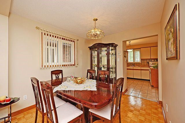 Detached at 197 Misty Meadow Dr, Vaughan, Ontario. Image 19