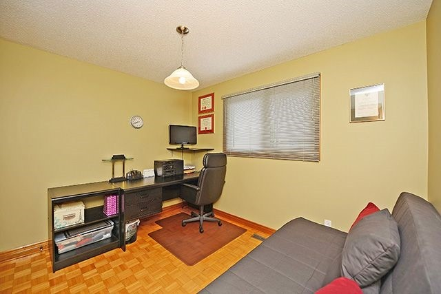 Detached at 197 Misty Meadow Dr, Vaughan, Ontario. Image 5