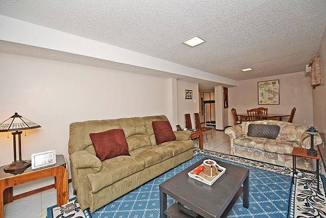 Detached at 197 Misty Meadow Dr, Vaughan, Ontario. Image 8