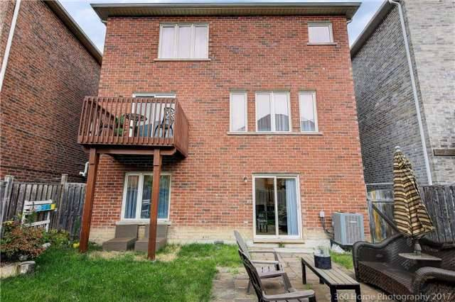 Detached at 209 Ray Snow Blvd, Newmarket, Ontario. Image 11