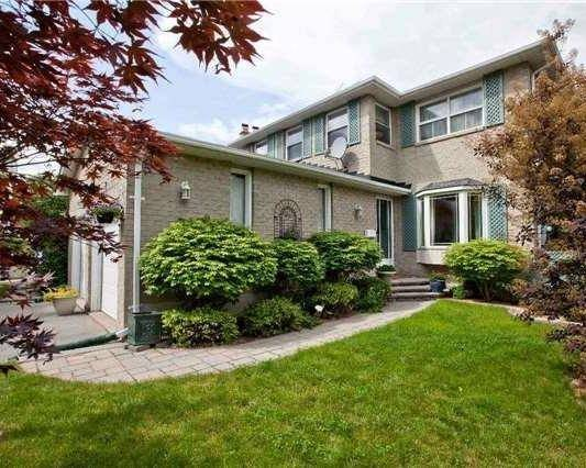 Detached at 83 Houseman Cres, Richmond Hill, Ontario. Image 14