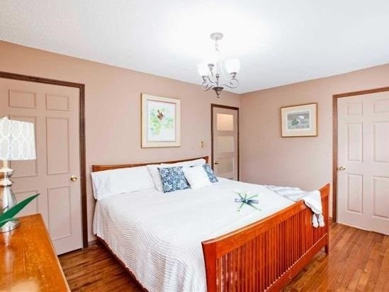 Detached at 83 Houseman Cres, Richmond Hill, Ontario. Image 5
