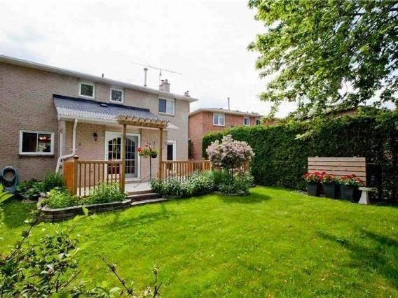 Detached at 83 Houseman Cres, Richmond Hill, Ontario. Image 11