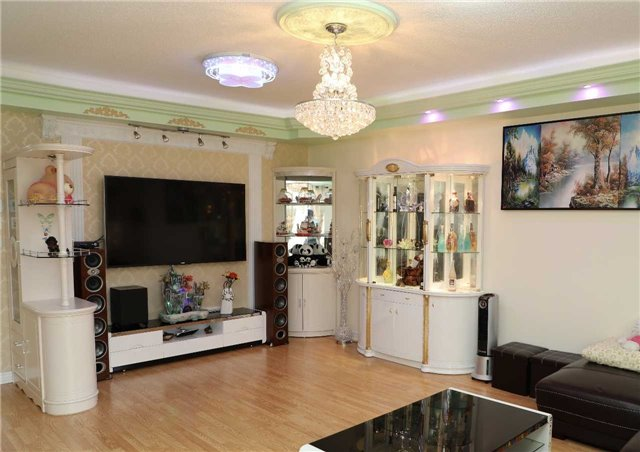 Condo Townhouse at 44 Comely  Way, Markham, Ontario. Image 5
